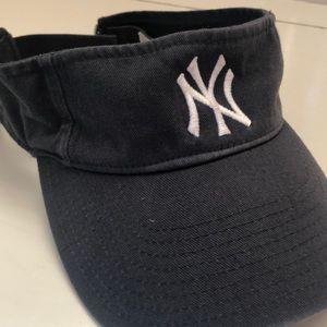 Other - Vintage NY Yankees visor